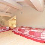 Galerie mit 2 Betten